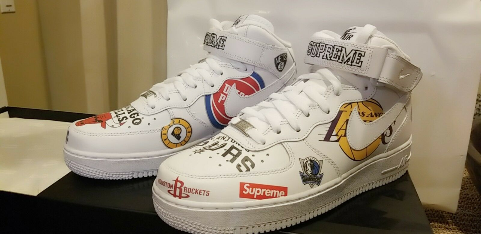 NIKE AIR FORCE 1 MID '07  SUPREME  NBA Collaboration White, New   US MEN 8