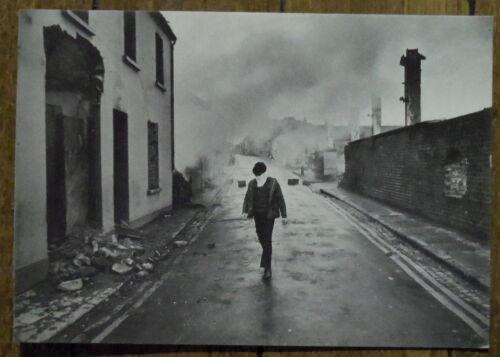LONDONBERRY  Irlande du Nord BOGSIDE BATTLE photo carte postale postcard