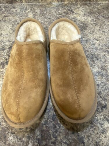 UGG Womens Size 8 Slippers