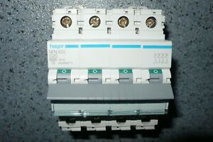 HAGER NFN420 DISJONCTEUR TETRAPOLAIRE 20A COURBE C 20AMPERES TRIPHASE +N  PC10KA