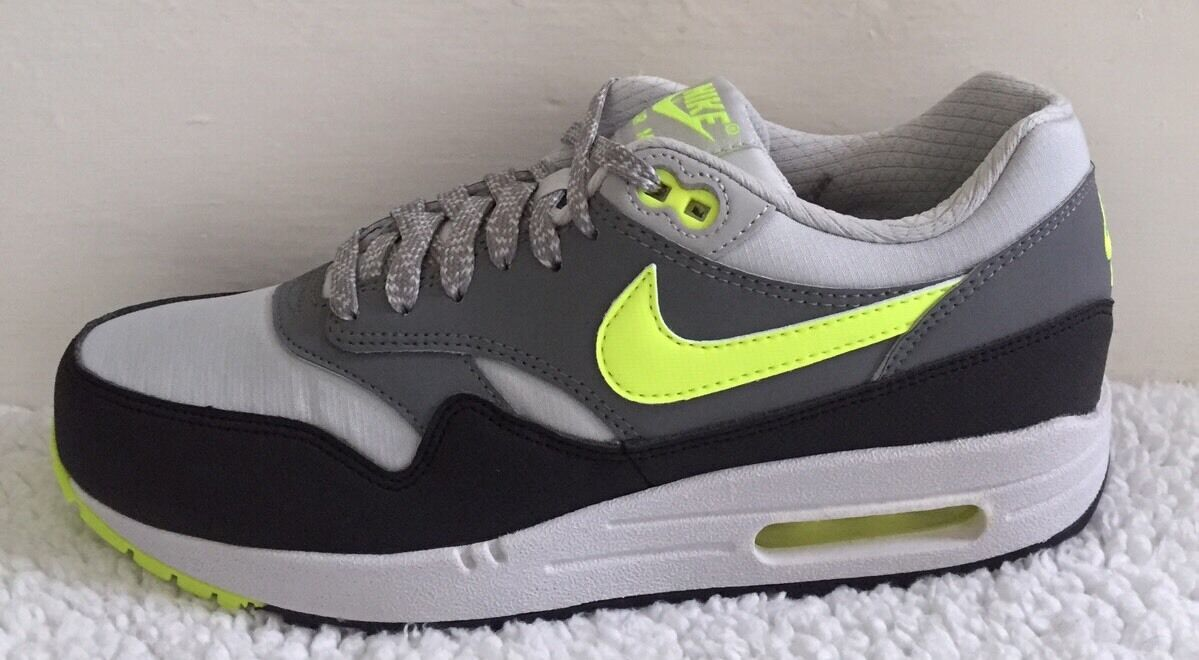 Nike Air Max 1 Essential Größe 5.5 (uk) BNIB