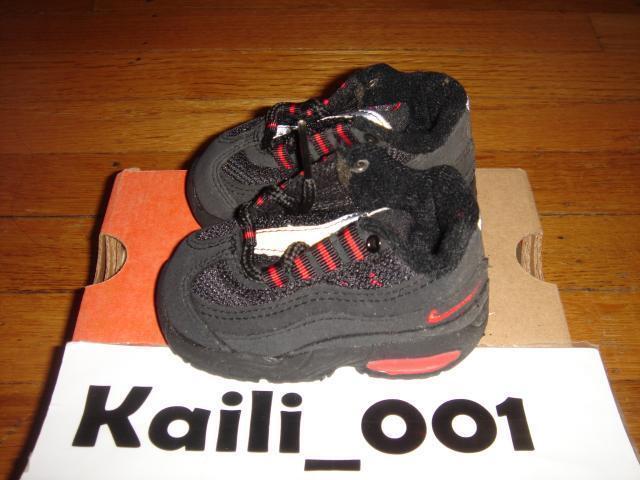 Nike Baby Air Max 95 mérete 2.5c fekete komet piros neon 650185-063 1999 B