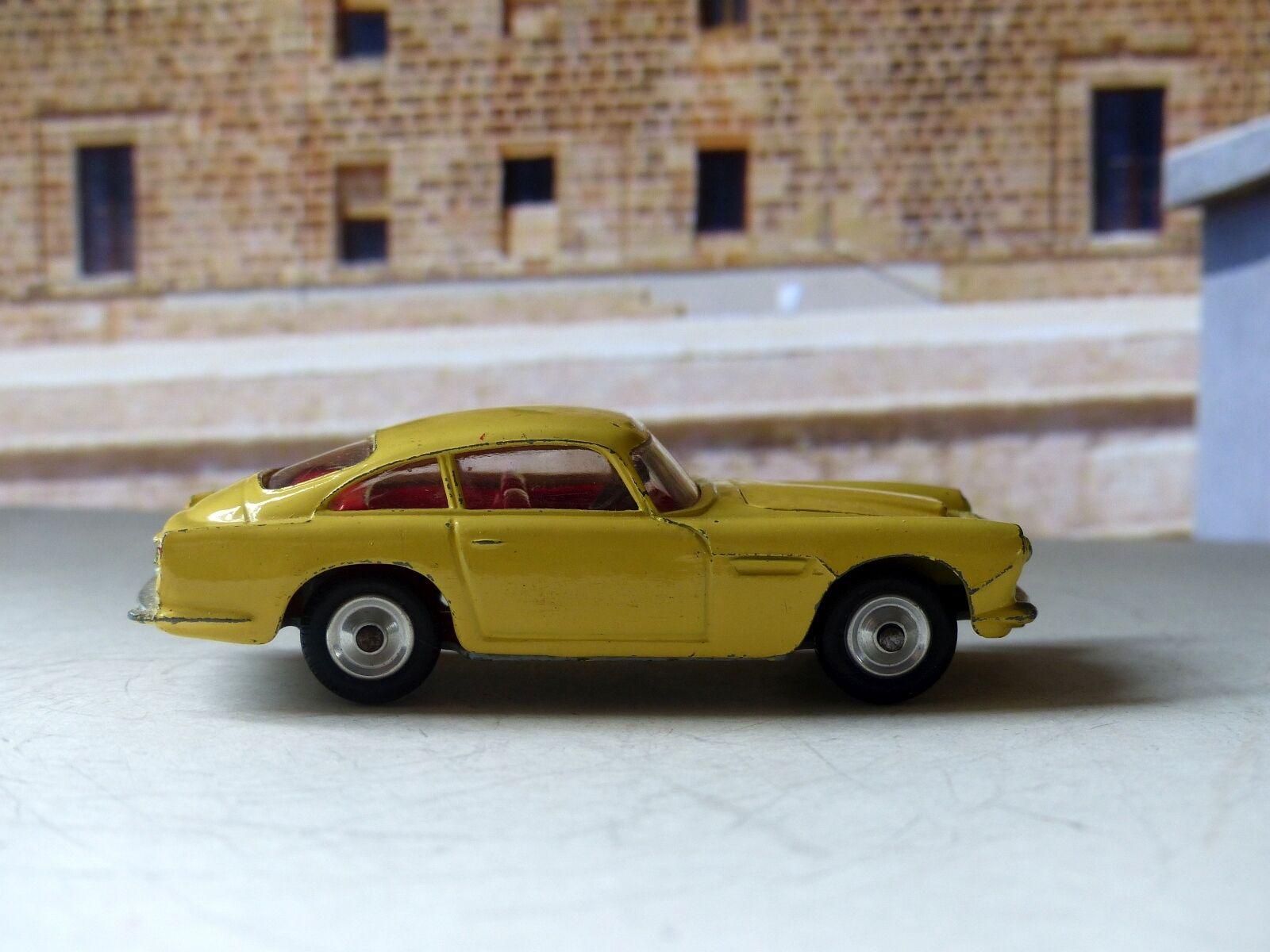 Corgi Toys 218 Aston Martin DB4 giallo con libre Ruedas giratorias (2)