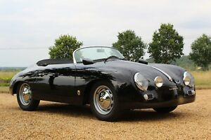 ABSOLUTELY-BEAUTIFUL-VINTAGE-SPEESDSTER-1957-PORSCHE-356-SPEEDSTER-OUTLAW