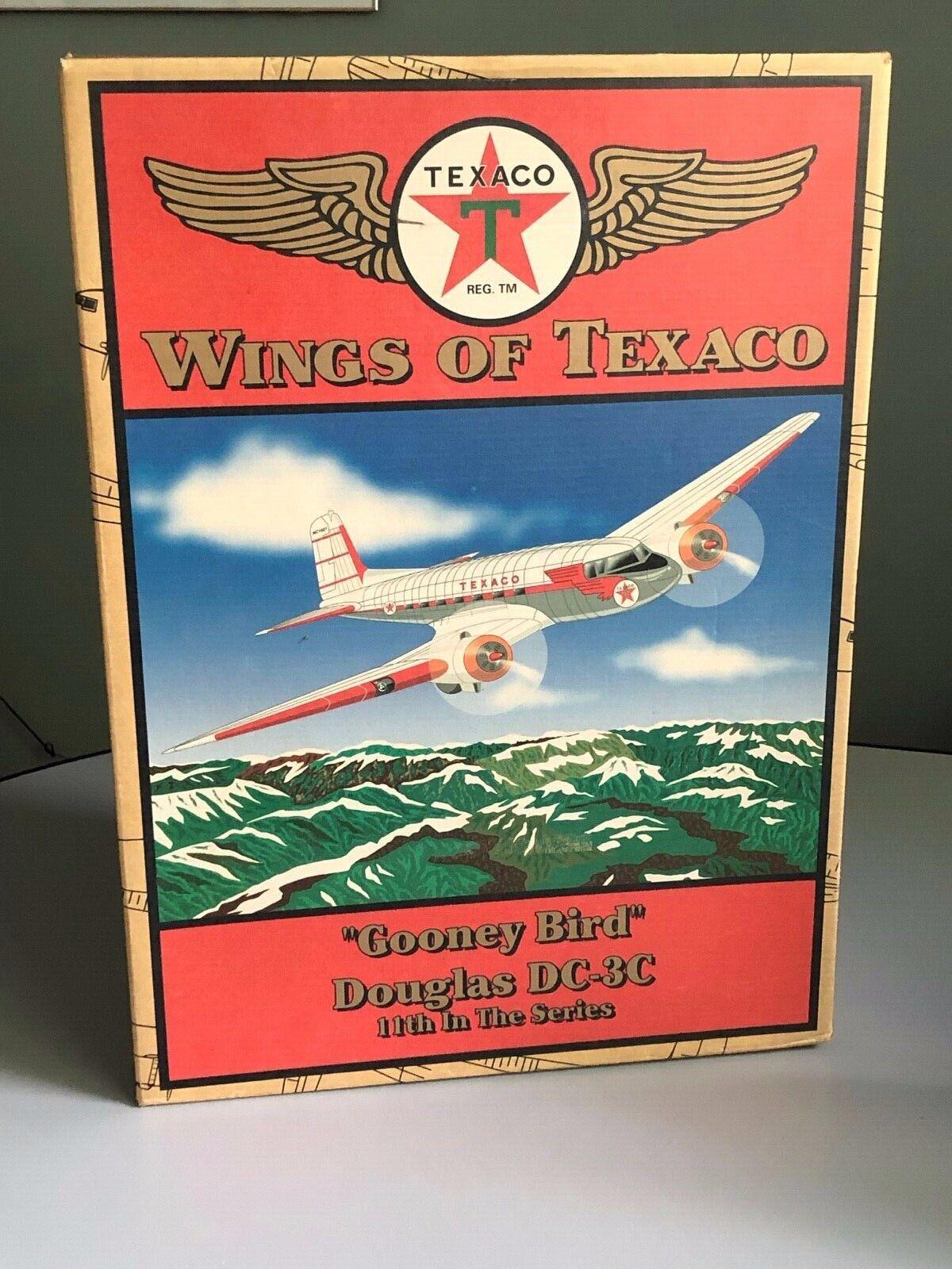 Ertl Alas de Texaco  Gooney pájaro  Douglas DC-3C 11th blancoo en la serie
