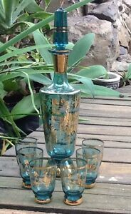 Vintage-Retro-Gold-Trim-Blue-Decanter-With-Small-Glasses