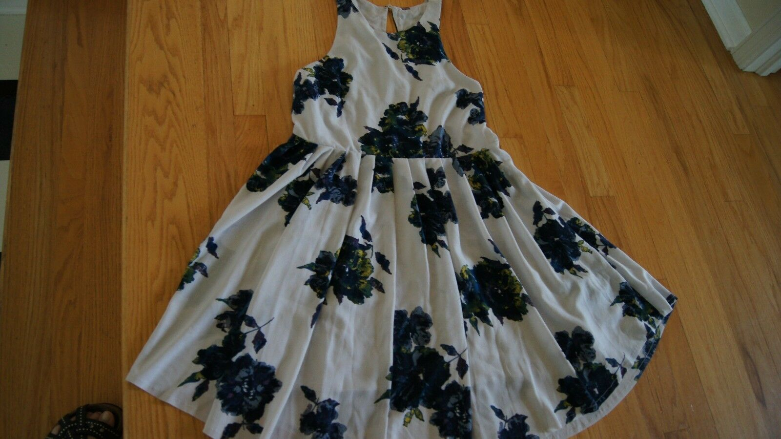 Free People Grey bluee Flower Dress NWT Size 12