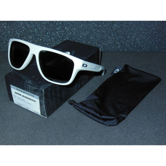 c3e6cf8a46 Oakley Breadbox Black Iridium Polarized Men s Sunglasses Oak Item No. Oo9199  919927 56