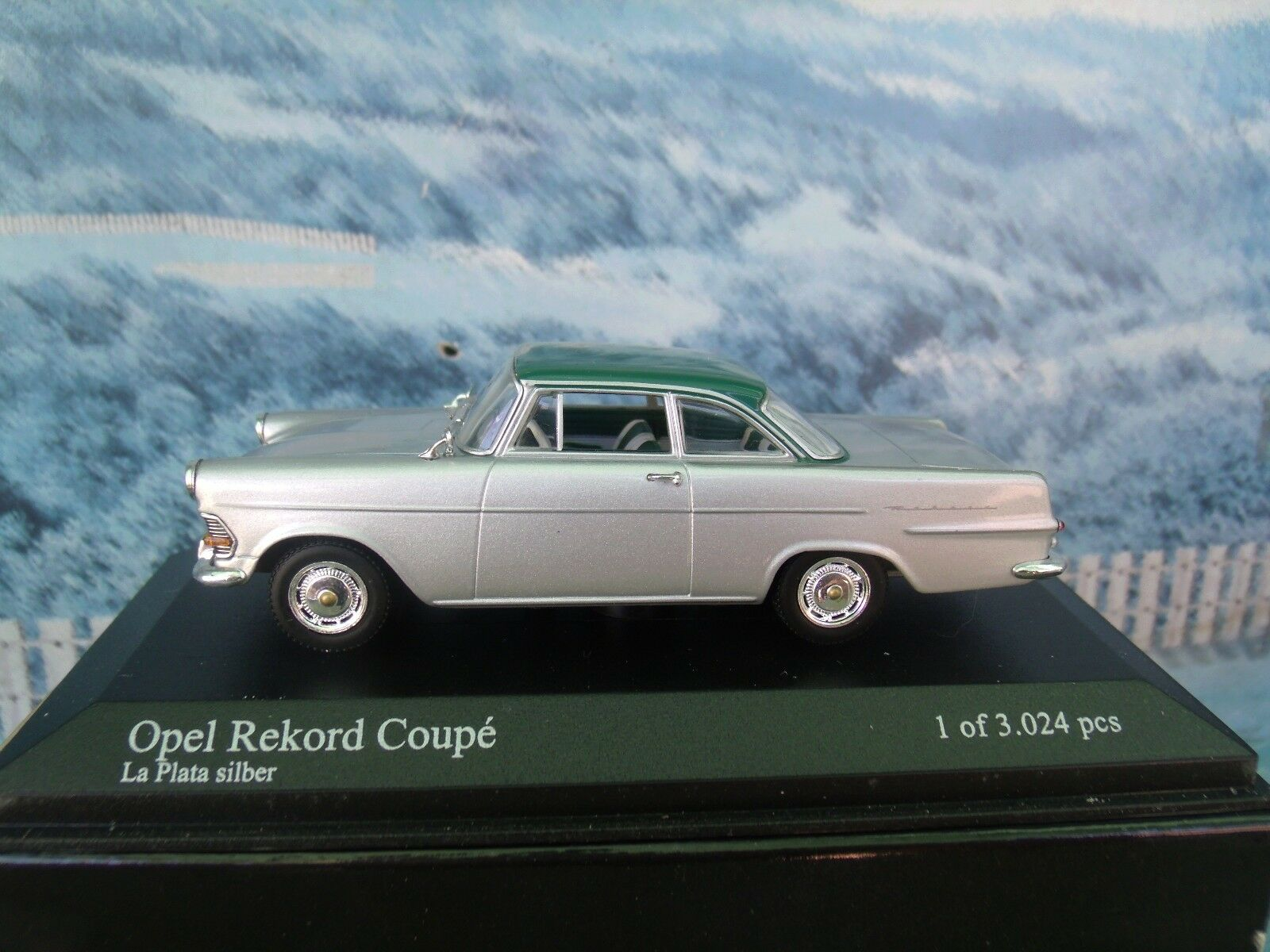 1 43  Minichamps Opel Record P2  1960-62 1 of 3024