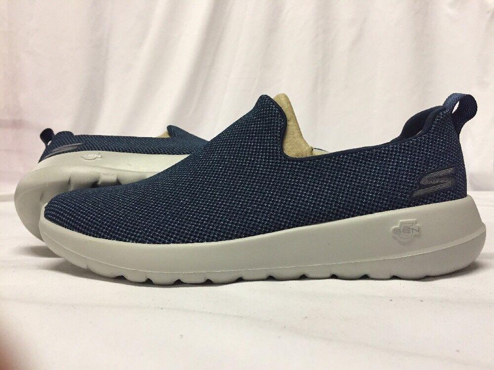 SKECHERS GOGA MAX Men's WALKING shoes Size 9 NAVY  .....S19