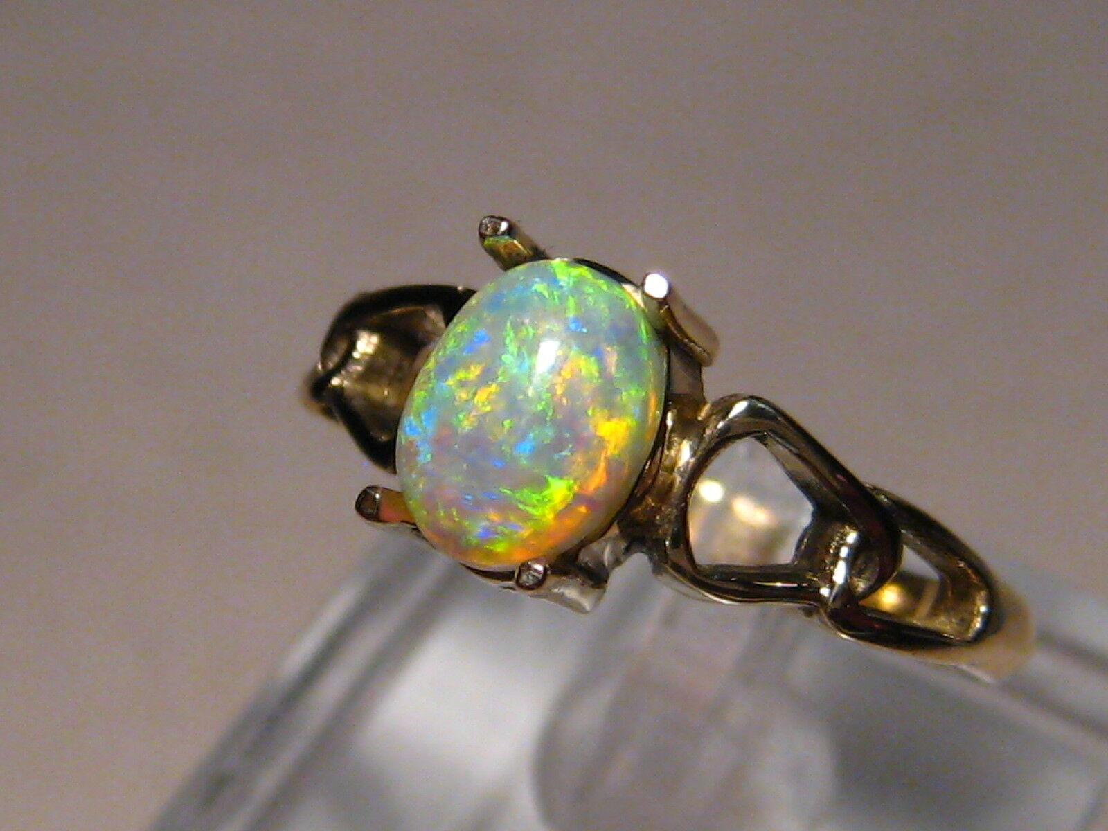 .90 ct.  Opal Ring 14k Yellow gold - Free Re Size