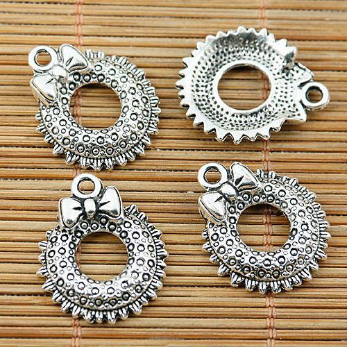 10pcs tibetan silver plated  Christmas wreath charm pendants EF1957