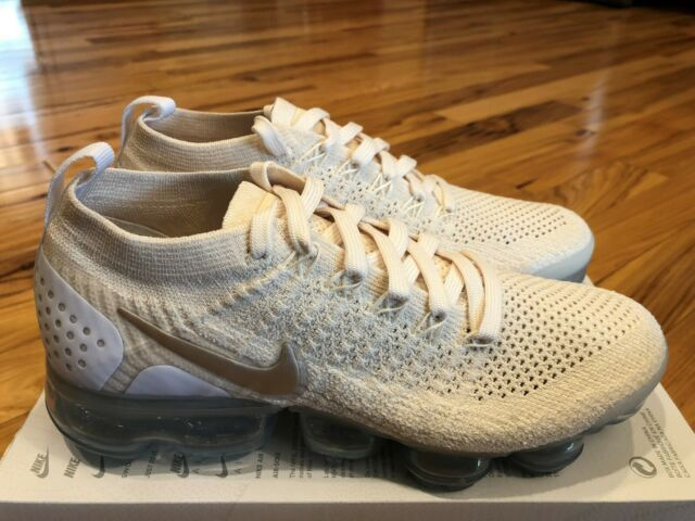 Nike Women's Air Vapormax Flyknit 2
