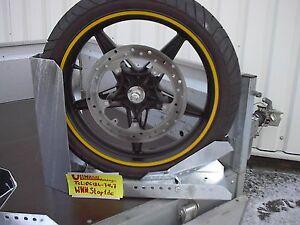 Motorradwippe-Vorderradklemme-Radklemme-5-Jahre-Garantie-auf-Druchrostung-NEU141