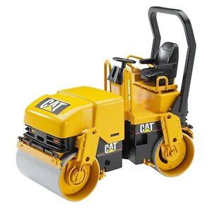 NEUF-BRUDER-TOYS-Caterpillar-Tambour-Compacteur-Cat-Asphalt-Roller-02433-Scale-1-16