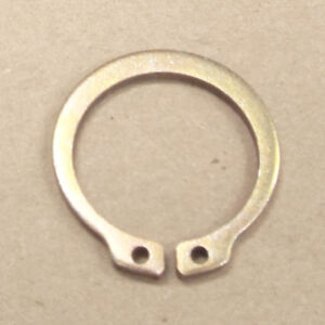 Details about DANA/SPICER - SNAP RING FOR STUB AXLE SHAFT - 99-04 SUPERDUTY  - DANA 50 60