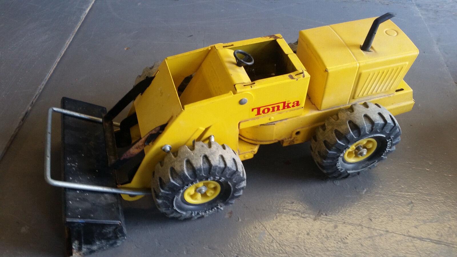 Bulldozer Tonka