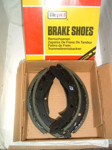 BRAKE SHOES AUDI 80 GT GTE PASSAT SCIROCCO 151