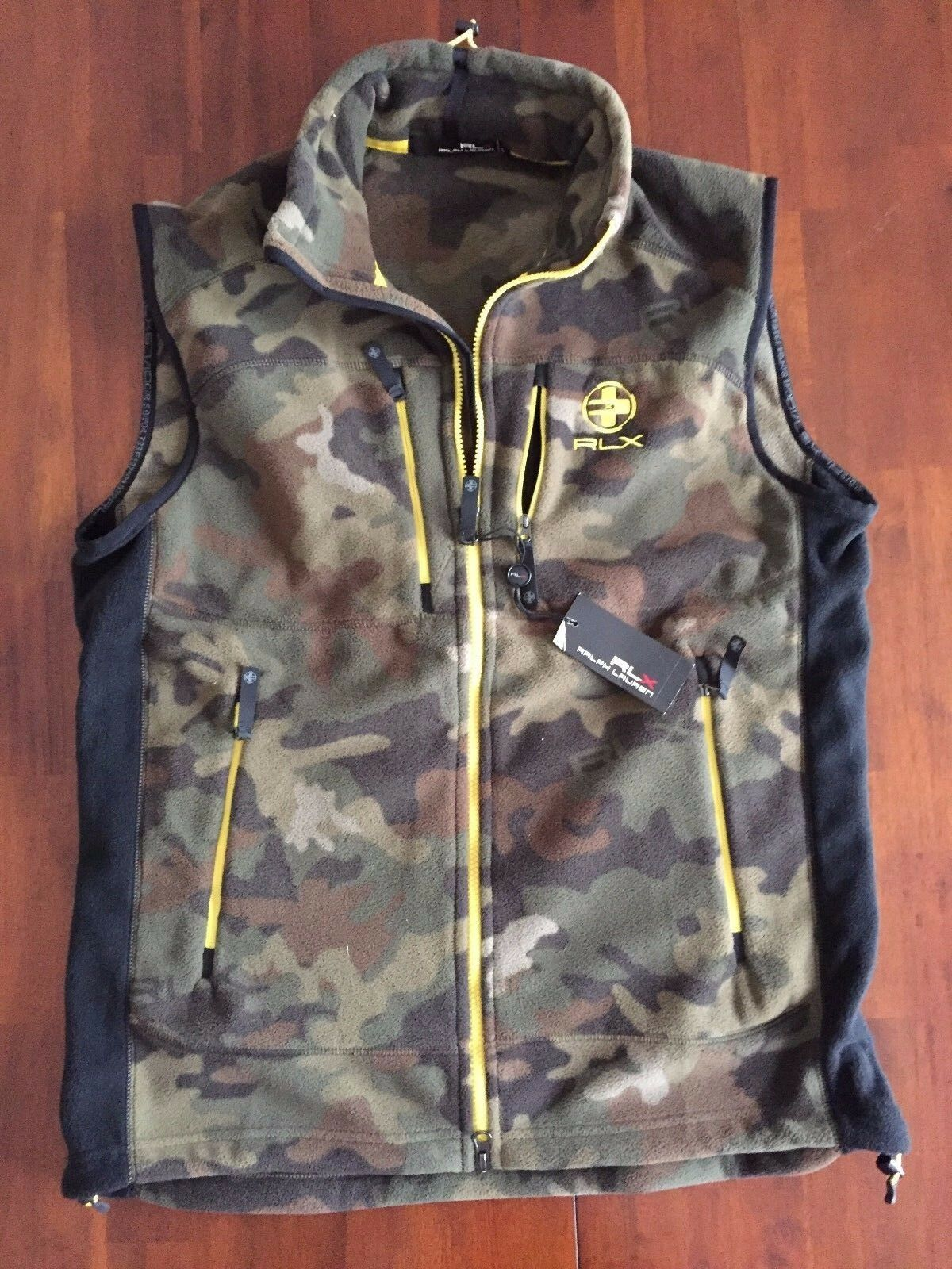 RLX Ralph Lauren  CLS Camuflage Army Green  Vest ( large )  175
