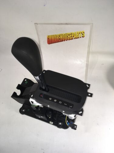 2006-2008 HHR FLOOR SHIFTER WITH AUTOMATIC  NEW GM #  25864102