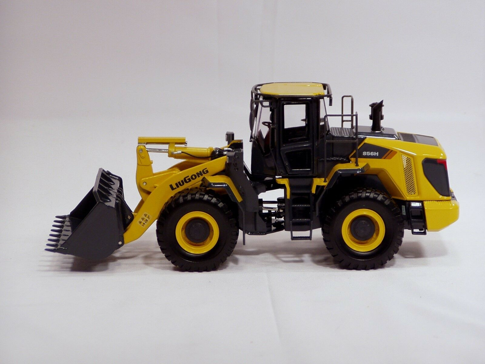 LiuGong 856H Wheel Loader - 1 35 - Brand New
