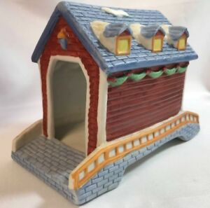 Santa-039-s-Best-Christmas-Collectible-Hand-Painted-Porcelain-Covered-Bridge