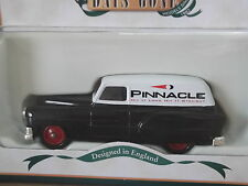Lledo DG61012, 1953 Pontiac Delivery Van, Pinnacle Golfing Equipment