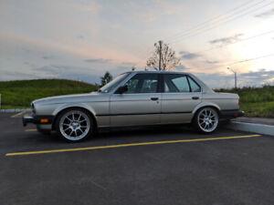 1985 E30 BMW 325e Sedan