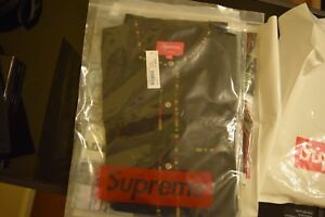 SUPREME-ss18-BLACK-BAND-COLLAR-SHIRT-SIZE-M