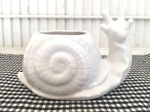 VINTAGE-SNAIL-PLANTER-White-Glaze-CALIFORNIA-POTTERY-7005
