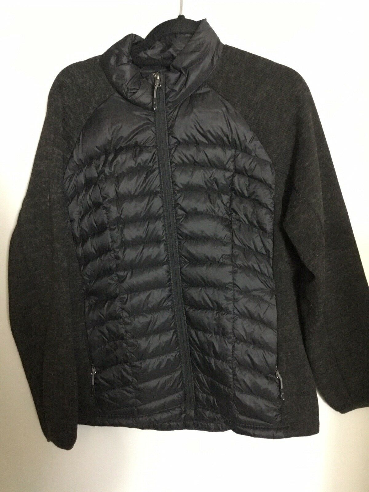 32 Degrees Padded Zip Top In Black. Down/ Feather Filled. VGC. UK XL