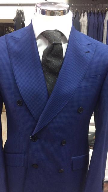 Cobalt Blau gingham super 150 Cerruti double breasted wool suit/wide peak lapel