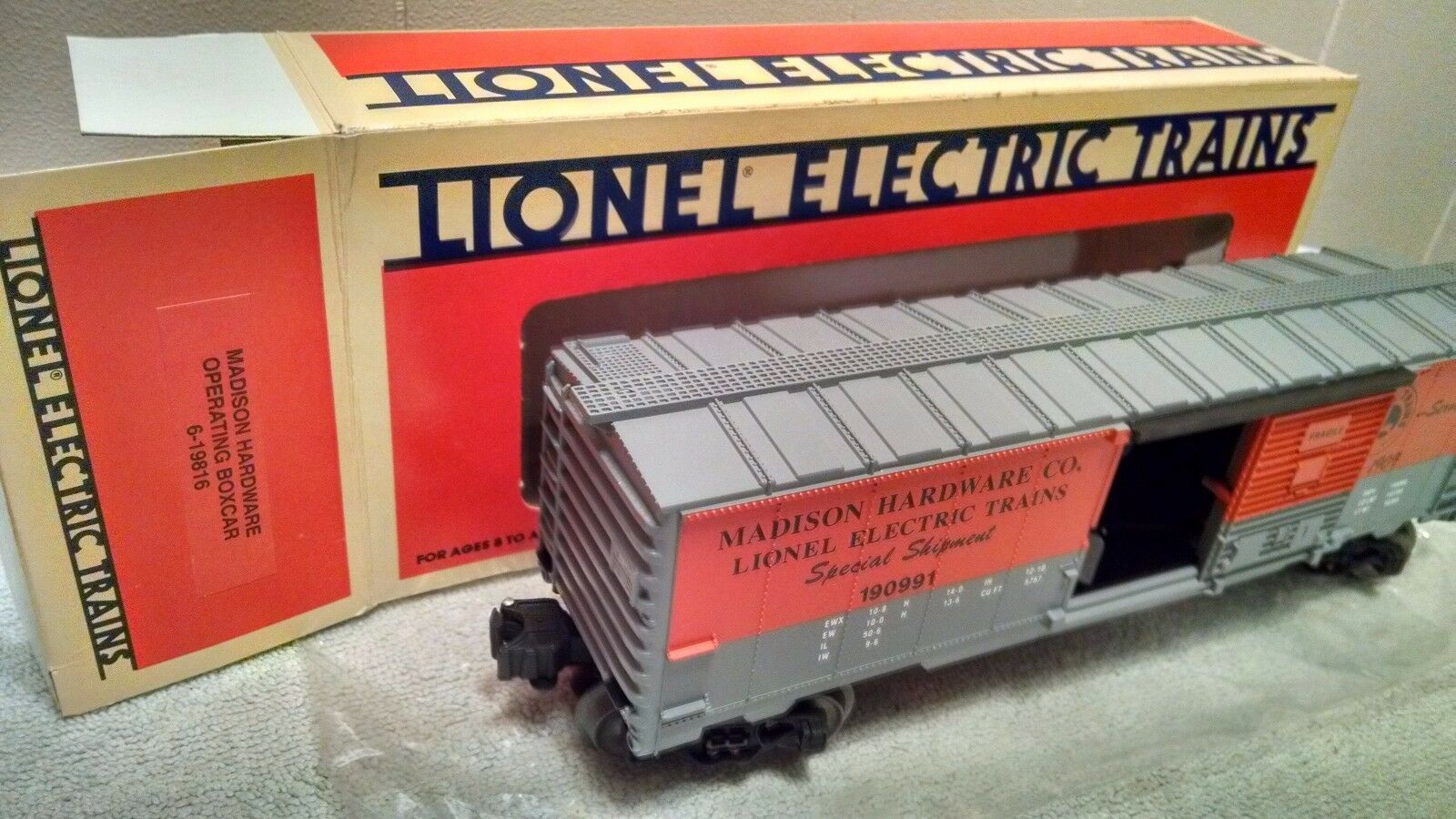 1991 Lionel 6-19816 Madison Hardware Operating Box Car with TWO BOXES. Last one