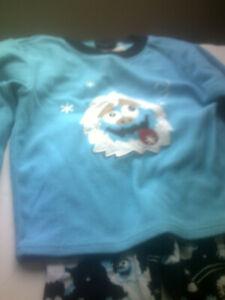 Fleece Pajama set, Size 3T, Used Condition