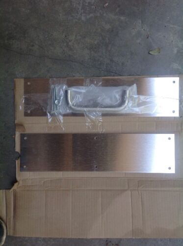 NEW  Set of Stainess Steel Push/&Pull Door Handle