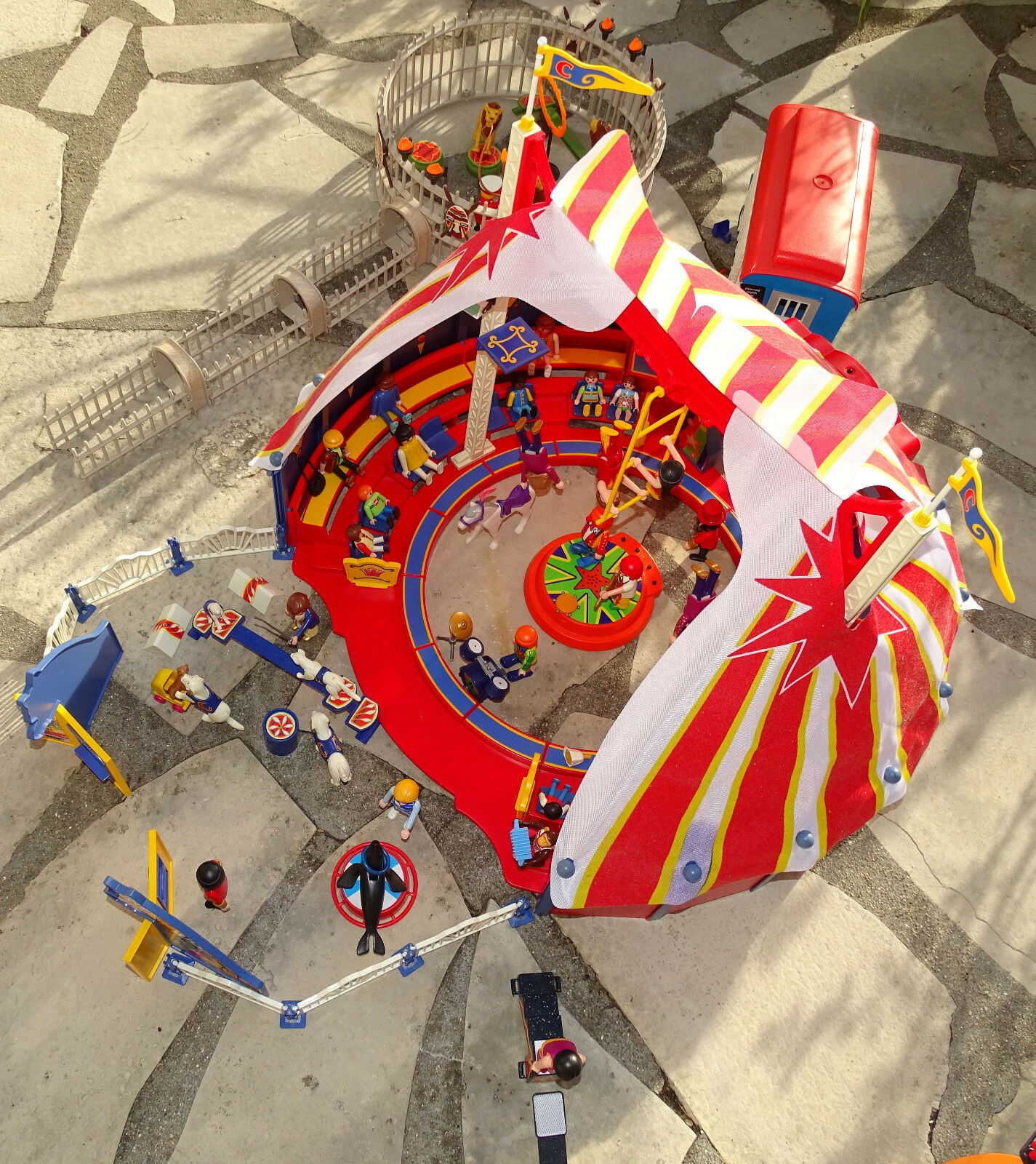 Achats de Noël PLAYMOBIL GRAND CIRQUE PLAYMOBIL 4230 NOMBREUX PERSONNAGES PERSONNAGES PERSONNAGES ACCESSOIRES ROULOTTE 85fa8c