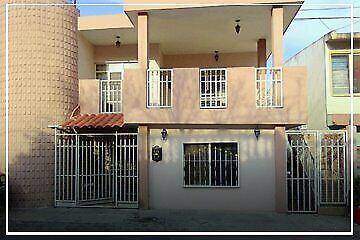 Casa en Venta $1,400,000 col.Unidad Modelo en Zona Cumbres