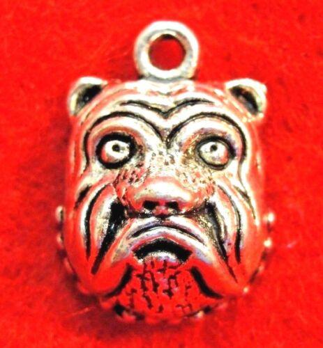 50Pcs WHOLESALE Tibetan Silver BULLDOG Face Dog Charms Pendants Ear Drops Q1323