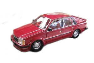 1-43-ACE-Models-HDT-VC-Commodore-Red-Resin