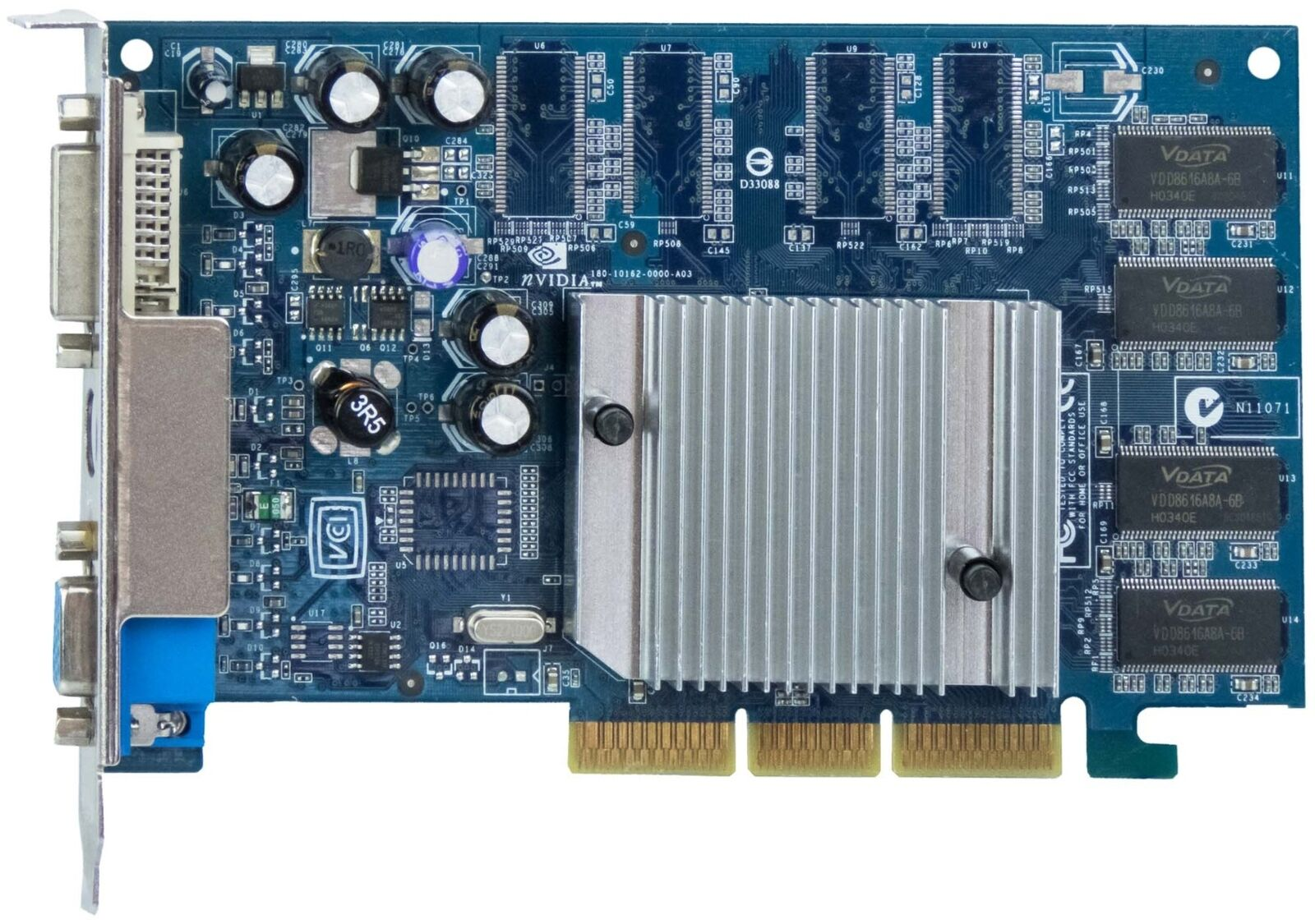 XFX NVIDIA GeForce FX 5200 128mb pv