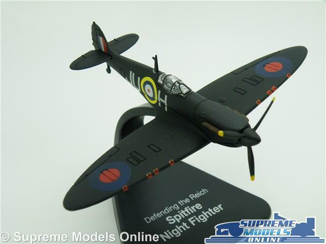 SPITFIRE NIGHT FIGHTER MODEL AIRCRAFT AIRPLANE 1 72 SIZE ATLAS IXO REICH T4