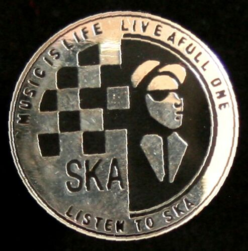 "SKA /""MUSIC IS LIFE/"" ENAMEL PIN BADGE"