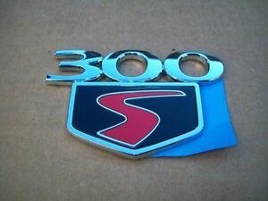 NOS-MoPar-2010-Chrysler-300S-Nameplate-Emblem-Badge