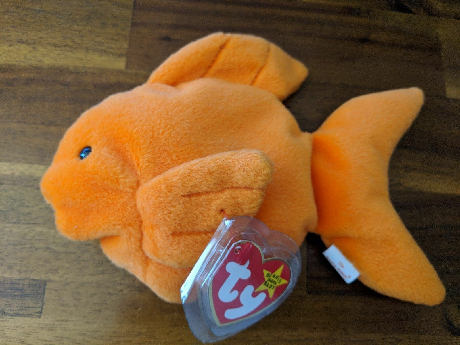 TY BEANIE BABY goldIE THE FISH orange ((RARE))  ((RETIRED)) WITH ERRORS