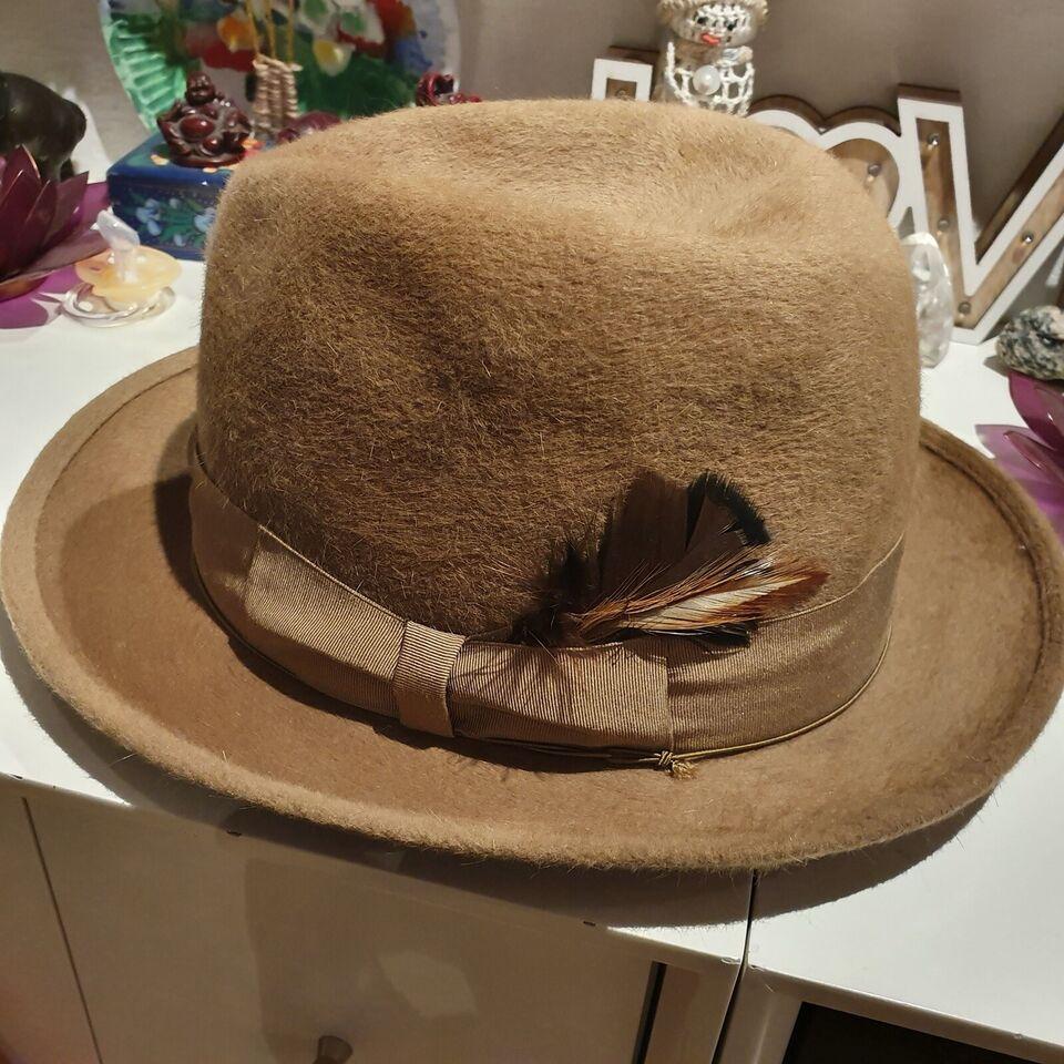 Hat, Borsalino, str. 6,5