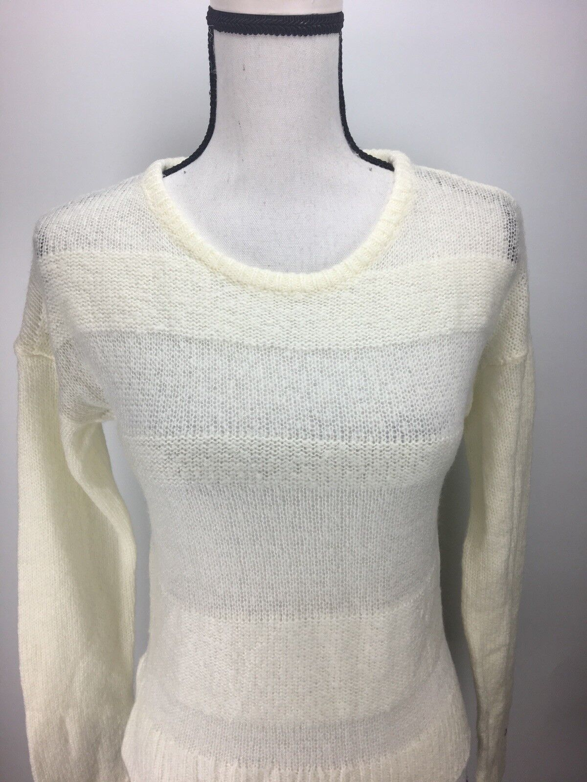 Wild Pearl Pullover Sweater Junior Size Long Sleeve Fuzzy Crewneck Rob Knit Edge