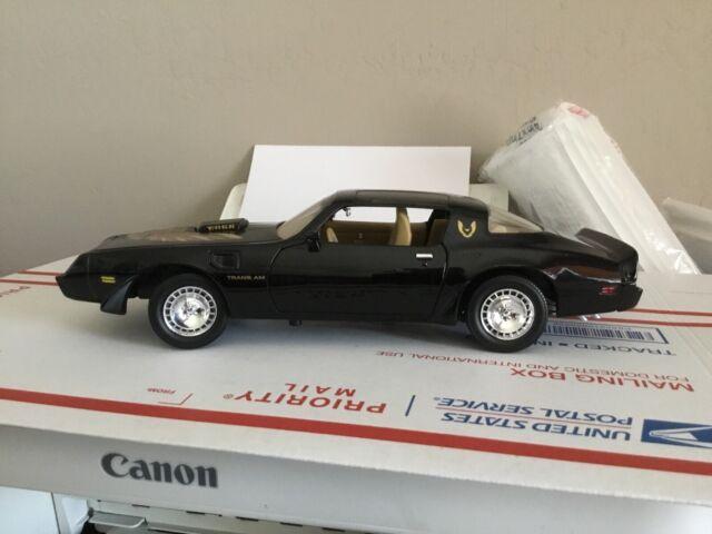 1:18 Road Signature 1979 Pontiac Trans Am Firebird No Box