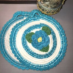 Set-of-2-Vintage-Hand-Crocheted-Doilies-3D-Turquoise-Sparkle-Flowers-Hanger-EUC