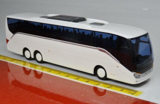 AWM Reisebus Setra S 411 HD neutral weiß