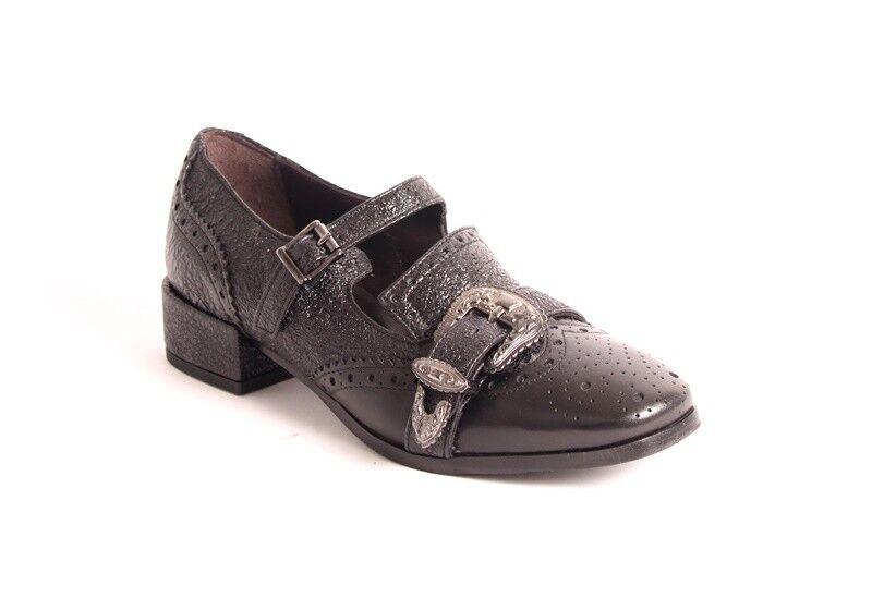 Laura Bellariva 9221 Black Stamped Leather Mary Jane Buckle Shoe 37.5 / US 7.5
